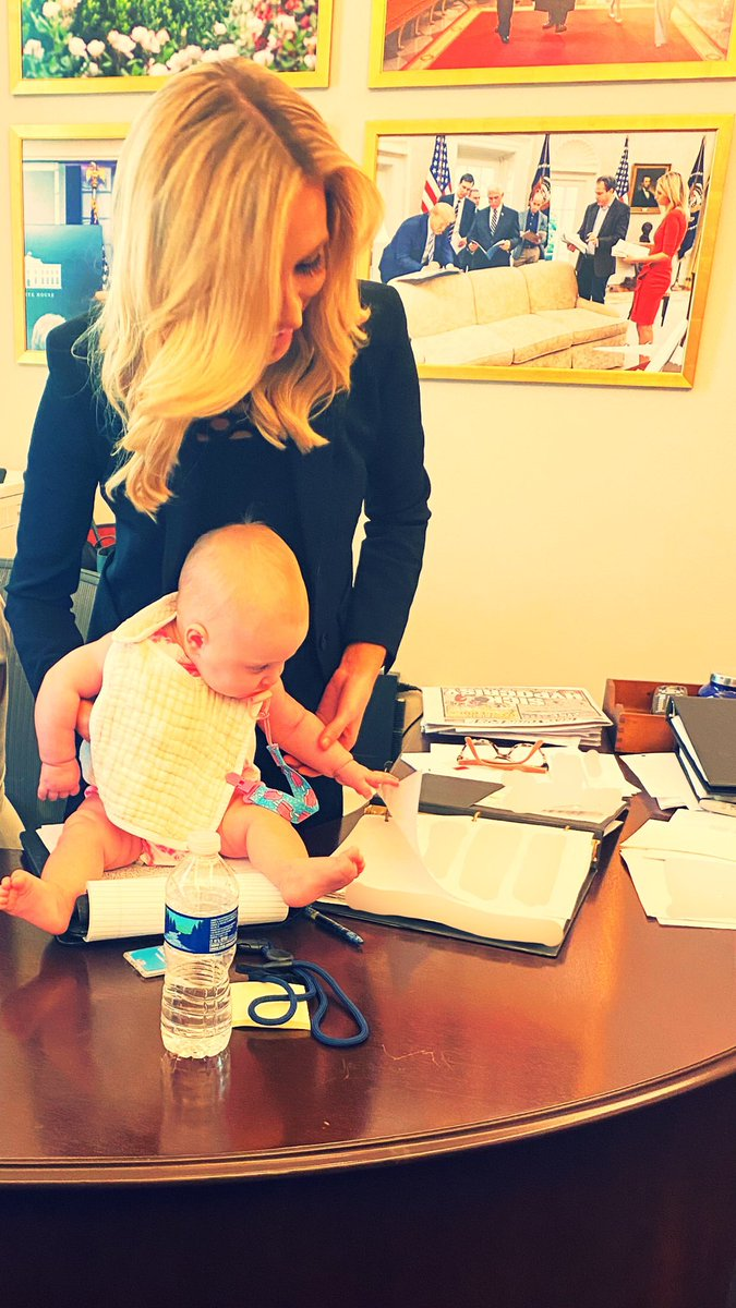 I brought my daughter to the West Wing! Her first move: flipping the pages of my briefing book! ❤️
