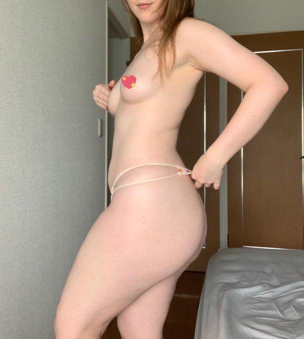 AV女優ジューン・ラブジョイのTwitter自撮りエロ画像10