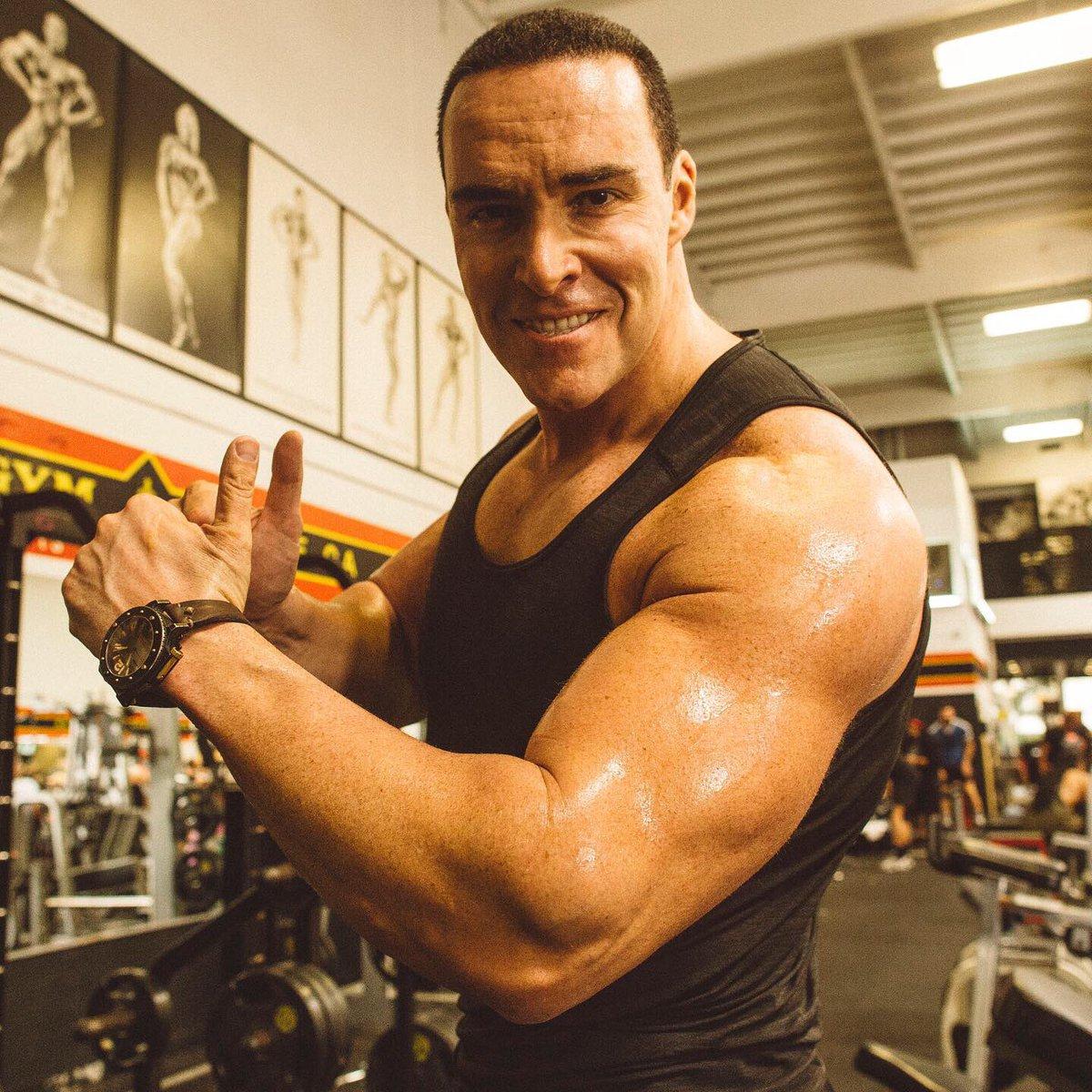 "My new fitness article ""How to get Action Hero muscles.."" is published in Budomate Magazine! 💪😊👍 https://t.co/QCXXRkJ4c9 Моя новая статья (на английском) о том, как накачать мускулы киногероя опубликована в издании Budomate! #alexandernevsky #александрневский #fitnes #фитнес https://t.co/HUh0m7zkxv"