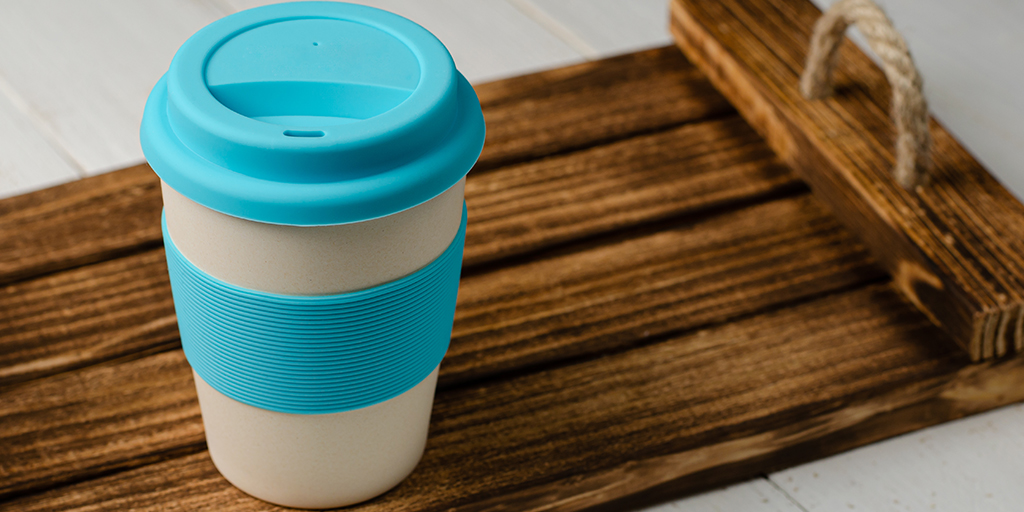 You can now bring along your own reusable cup to our in-store Barista to enjoy a freshly made coffee.  Simply place your cup on the designated tray and our Barista will fill it for you.  #BaristaCoffee #FeedingTheNation #ItsMoreThanOurJob #ReduceReuseRecycle #ContactlessCoffee https://t.co/vhNFg19mzK