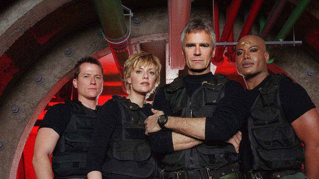 Lust auf weitere #funfacts zu #Stargate? Heute geht es um eine Show in der Show, eine besondere Hochzeit, die Wahl des Geschlechts, den Effekt des Sternentors und eine große Ehre für Richard Dean Anderson. https://www.syfy.de/news/stargate-5-fun-facts-ueber-die-abenteuer-vom-sternentor-teil-2…pic.twitter.com/sCUuNMDY49  by SYFYde
