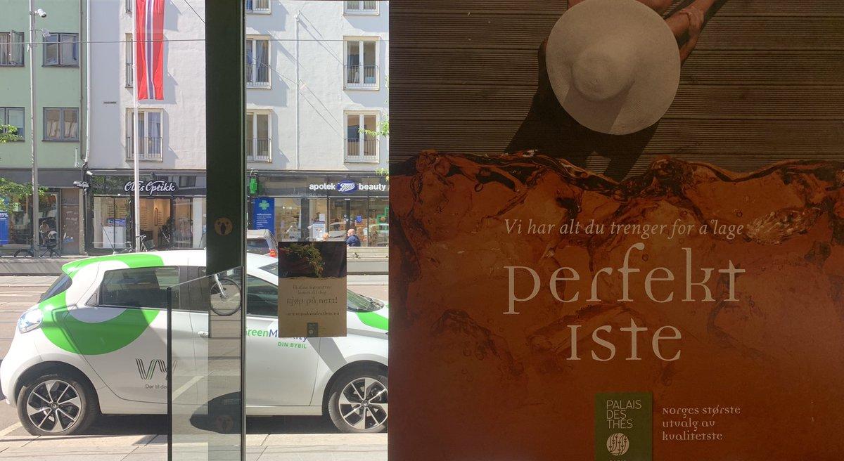 Summer in the city @vygruppen @EspenDybLovold #oslo #bogstadveien #palaisdesthes https://t.co/rj7RCn4UTj https://t.co/OdxdDYAefk