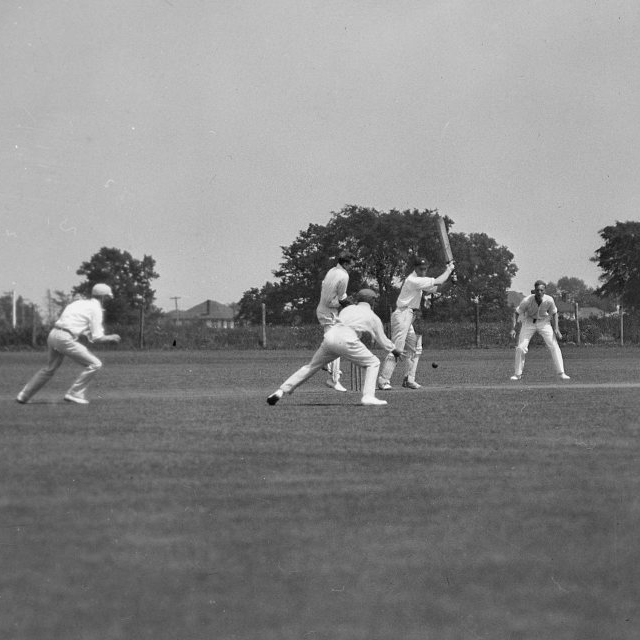 Taking a look back at some Cricket action from 1929 #TBT #TCSCC https://t.co/evSKih8sxu