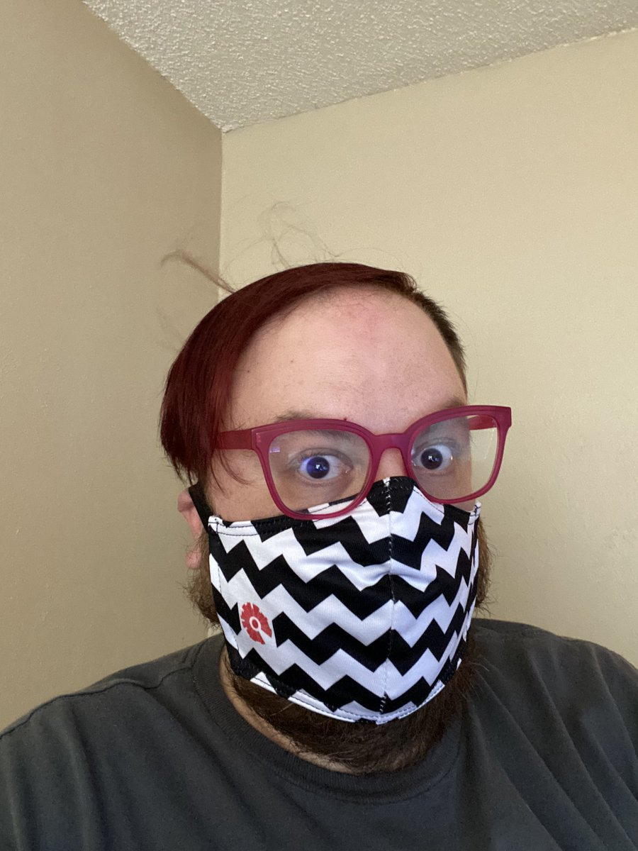 Every time I wear my new mask, my arms bed back. #TwinPeaks #blacklodge