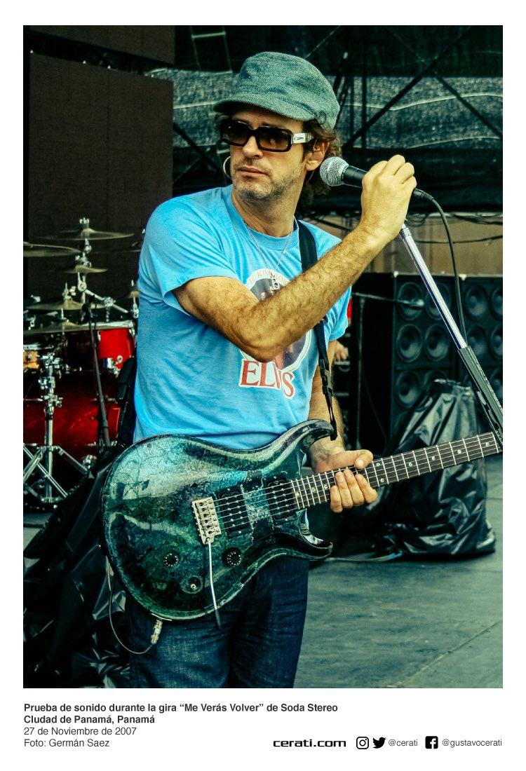 """Prueba de sonido durante la gira """"Me Verás Volver"""" de Soda Stereo CIudad de Panamá, Panamá 27 de Noviembre de 2007 Foto: Germán Saez https://t.co/cRWAaQWrwR"""