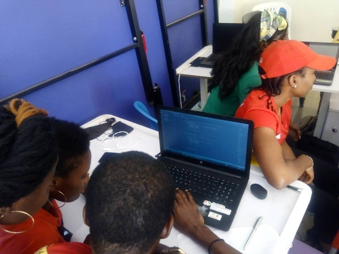 My JavaScript skills keeps getting better everyday. We work as a team.  #100DaysOfCode #100daysofjavascript #womenintech @nuhu_tamimiapic.twitter.com/QFuQ9XFEn8
