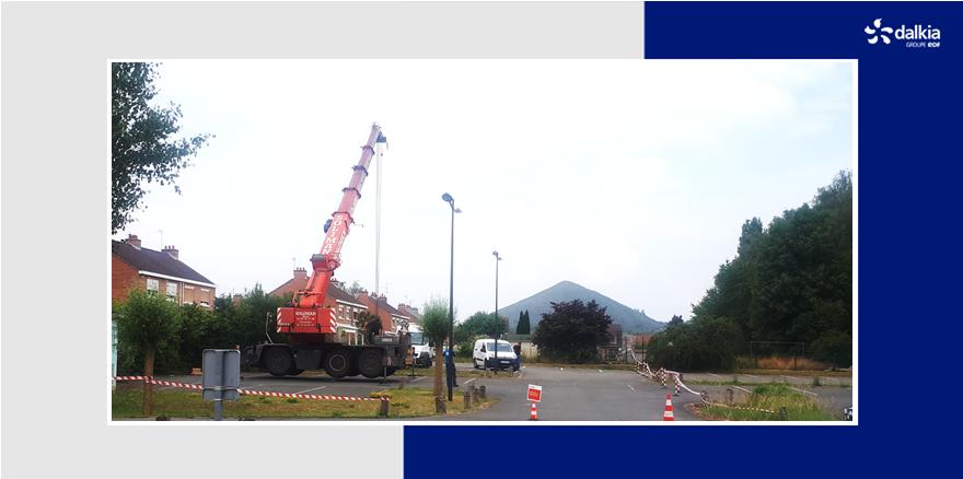 [TRAVAUX] Labellisé #HQE, le centre d'affaires Artéa à #Liévin utilise la #géothermie pour garantir la chaleur & le refroidissement de ses 6000m². Dalkia a procédé au remplacement décennal de la pompe immergée & de la colonne d'aspiration du puits de captage à 40m de profondeur👍 https://t.co/tfYHeD2TfN