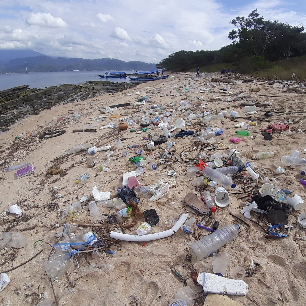 Before and After on a coast in West Bali National Park.⁠ ⁠ Thanks to all of our supporters, Team Bali has been able to remove over 140,829 pounds of trash from the oceans, coastlines, and rivers so far this month!⁠ ⁠