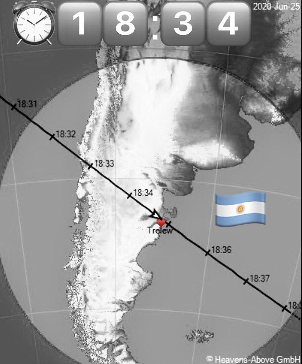 🇦🇷 Chubut en la nieve ❄️ La Estación Espacial Internacional se podrá ver hoy a simple vista (si las nubes lo permiten) en todas partes a las 18:34      Consejo:   ⏰    pon la alarma   👨🚀 63 https://t.co/fI01cZcyfB 🌎 Yo https://t.co/AvRlduSsQp 📸 ESA NASA https://t.co/oAUAQSAJ1i https://t.co/MzDXER89zW