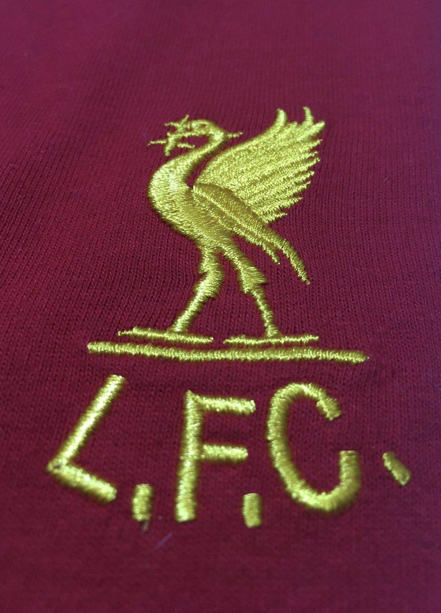 Congratulations to @LFC Premier League Champions !! https://t.co/UeRtqhOTsm