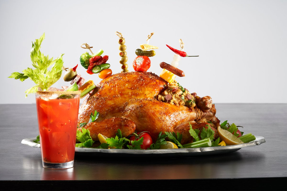 Ever thought of turning your favourite summer drink into a meal? @Andrea_Buckett has done just that by creating 'The Great Canadian Caesar Turkey' bringing together flavours of a classic Caesar, using pickle juice, Caesar mix and seasoned with rimmer. https://t.co/DMr2eFsei1 https://t.co/M8OvAWLneL