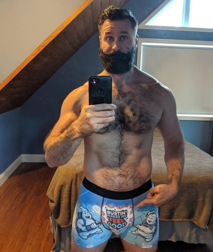 Can't lie. Totally #truestory #bro #tbt #tbt #throwbackthursday #throwback #geek #underwear #ghostbusters #funny #beard #bearded #beards #beardgang #menwithbeards #scruff #scruffy #bear #dude #mustache #beardlife #beardedmen #hairy #men #furry #beardso… https://instagr.am/p/CB3gK2LpS0S/pic.twitter.com/Dwiez09eeN