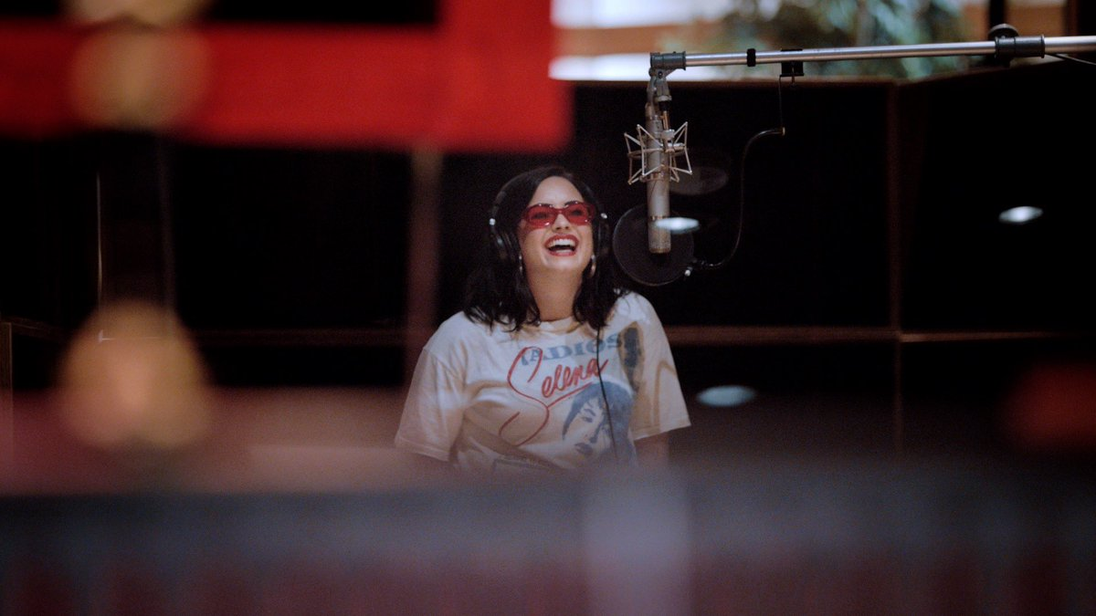We are very excited to announce this extremely special project with @ddlovato 🤩 The four-part docuseries with @YouTube Originals will follow Lovato returning to show fans her personal & musical journey over the past 3 years. The series is directed by @ratty and produced by @OBB https://t.co/G9AXdOuXnd