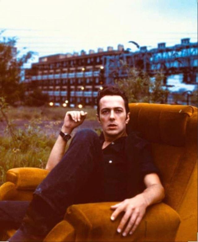 Joe Strummer.... What would he think of the world today ? #WhatTheFuck https://t.co/aA82PCNnky