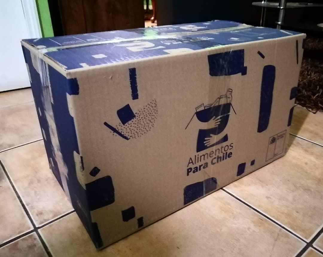 Otra forma en que las personas se han sumado a esta #PandemiaSolidaria es donando la caja con mercadería que entrega el Gobierno #AlimentosParaChile  Si te llegó y consideras que hay quienes la pueden necesitar más que tú, avísanos y la vamos a buscar para destinarla a familias https://t.co/ZR63wkbwpr