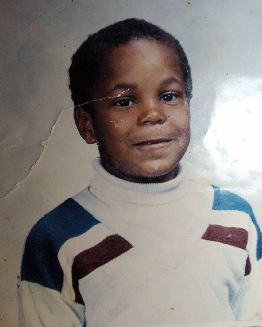 UFC heavyweight champion, UFC Light heavyweight champion, Strikeforce Heavyweight champion, king of the cage champion, xmma champion, 2x Olympian. Just a little boy from the Northside of Lafayette, Louisiana. Tbt 📸@theadvertiser https://t.co/yLKs1Es2q4