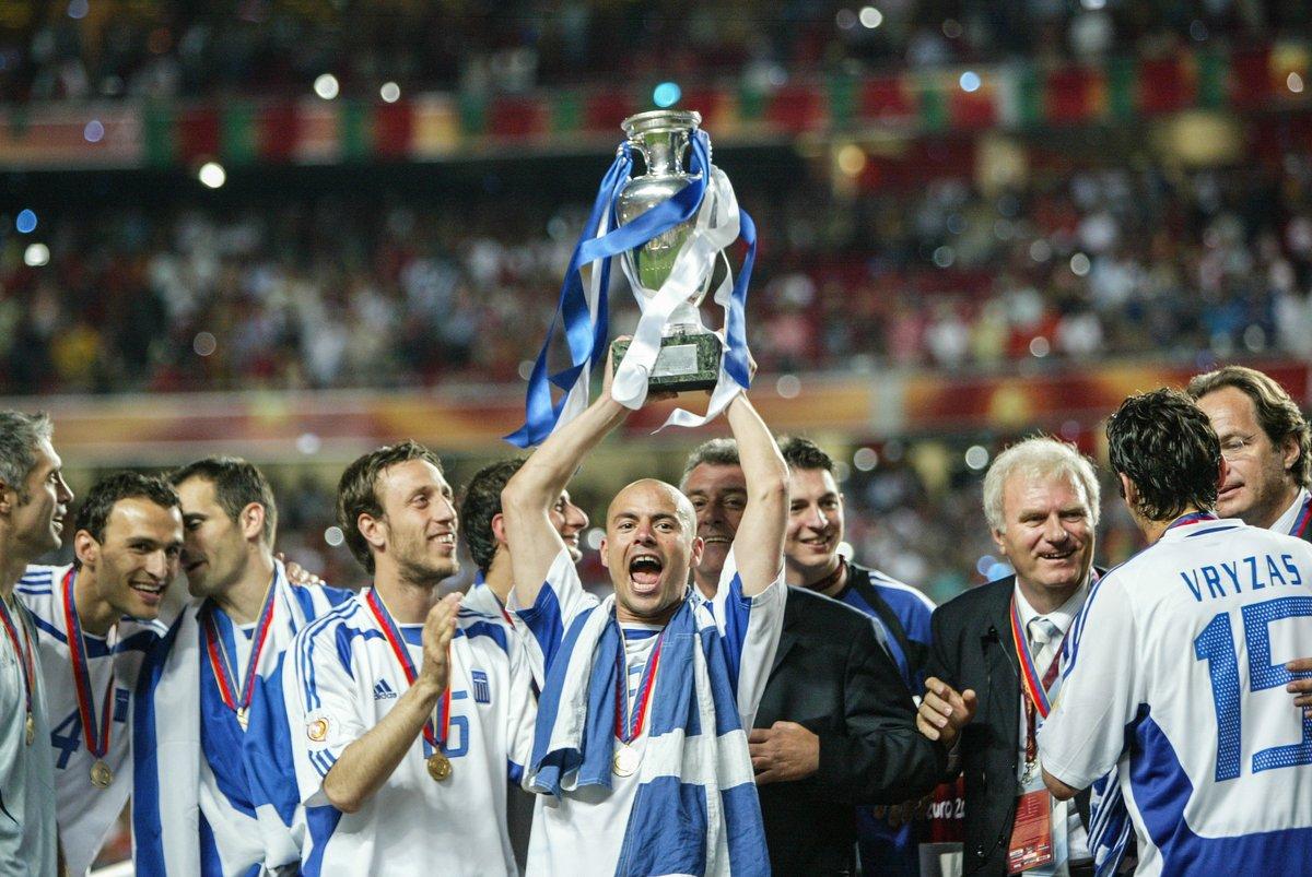 EURO 2004 🏆  🇬🇷 Happy birthday, Stelios Giannakopoulos 🎈  #HBD | @EthnikiOmada https://t.co/yLKiQCYABY