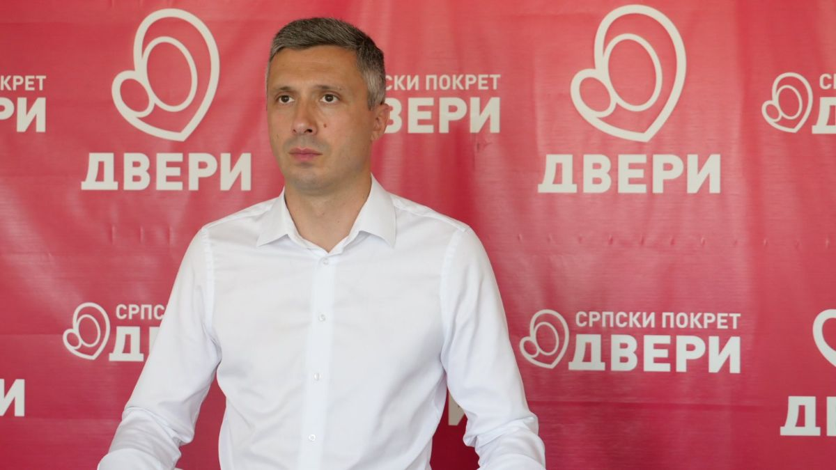 .@BoskoObradovic: Предлог споразума о превазилажењу политичке кризе  Идеја Споразума је да иза њега стану представници и власти и опозиције, са циљем враћања поверења бирача у изборни процес у Србији.  https://t.co/JmX9sivZV1 https://t.co/de7Eh22fMR
