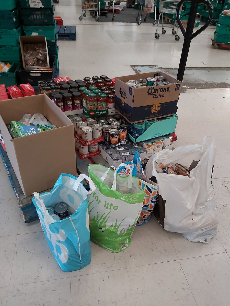 Our #volunteers have been working hard sorting through donations today. No matter how fast they work they keep coming in by the pallet load! What amazing generosity! This was just 1 donation from a neighbourhood that came together to donate! 🥰 #Boltonpowerofone