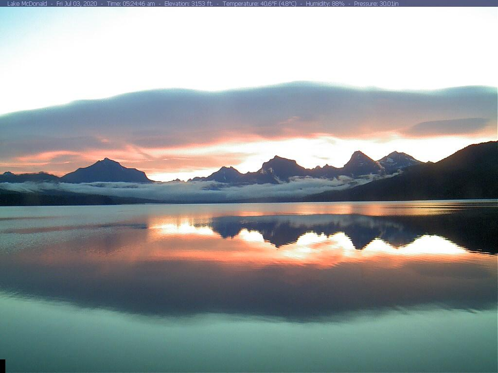 @GlacierNPS is really showing off this morning! 😍 #MTwx #Sunrise