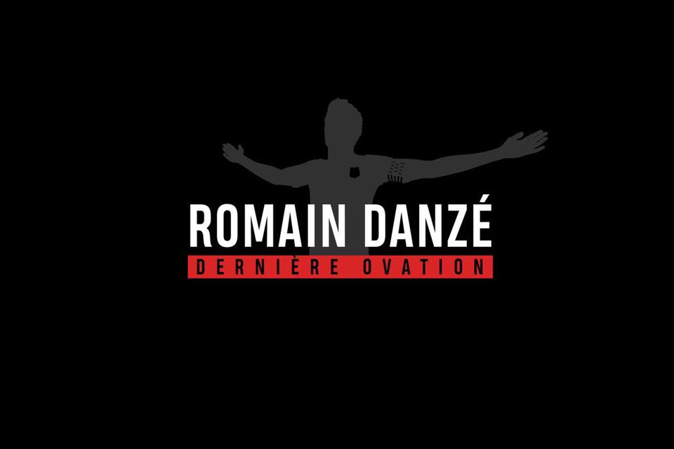 """@Ladanze29 🎞 L'occasion de rappeler que le documentaire """"Dernière ovation"""" est toujours disponible ici 👉 https://t.co/rPLoonsZK4 https://t.co/dR7vFXErEG"""