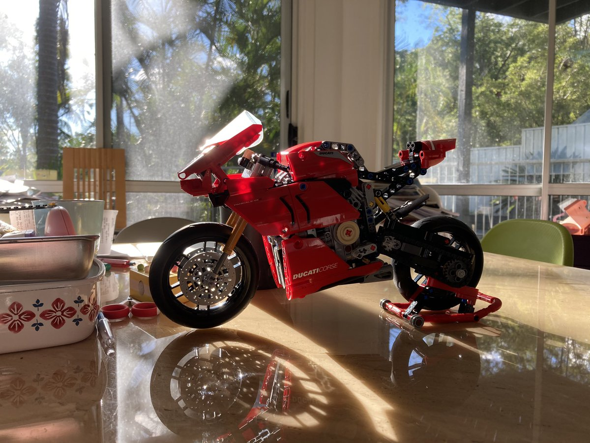 The very first LEGO Technic in my life.  #legotechnic #panigalev4 https://t.co/TzDIZ2oMkY