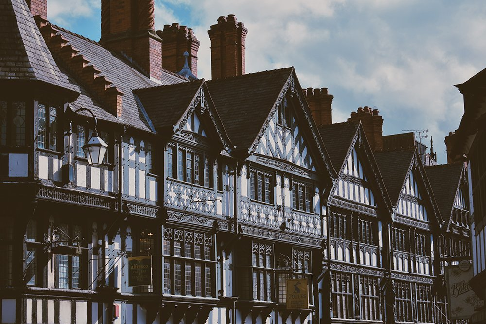 Listed buildings have planning #restrictions to #protect #heritage properties, but this means #weak entry points...  We ask could #temporary #security measures be the solution needed to protect both owners and #properties from #damage?  https://t.co/3Vf3n1sTMQ  #heritagecrime https://t.co/oQ4GWqEdXX