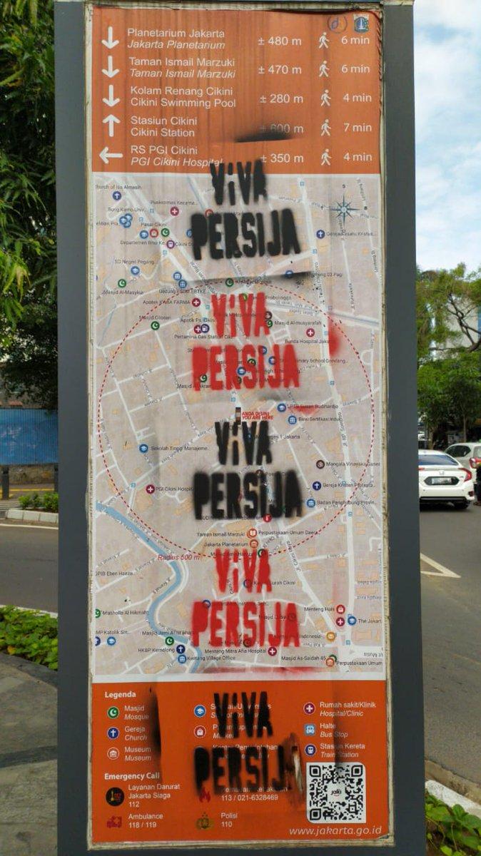 Pak @aniesbaswedan tolong temen-temen @Persija_Jkt dan @InfokomJakmania dkk diajak buat bareng-bareng jaga Jakarta. Sedih liat vandalism begini di fasilitas publik. Lokasi di jalan cikini raya arah raden saleh.  @DKIJakarta @Humas_DKI @BinaMargaDKI @Korlap_Jak @JakartaTourism https://t.co/KgqDMOEm5w