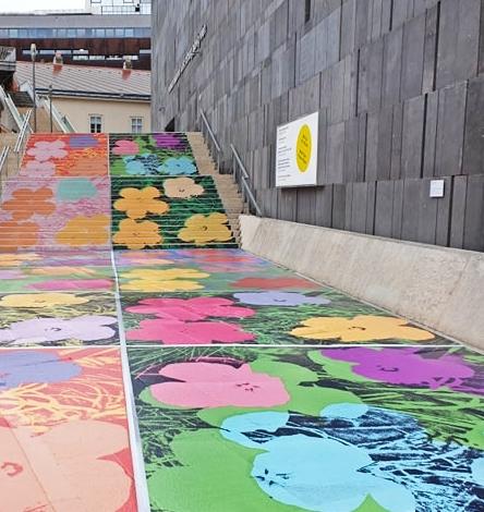 Flowers - Andi #Warhol    #Vienna #Wien @mumok_vienna #photography #Hibiscus #exhibitionpic.twitter.com/YQHIFbtnew