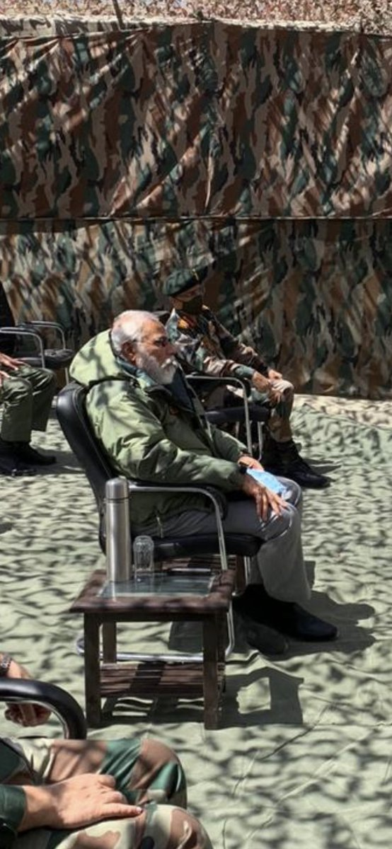 "Modiji feeling jealous while watching chinese soldiers making #TikTok videos on ""Indian Territory"".@RoflGandhi_  #Modiinladakh  #PMinLehpic.twitter.com/8EFHOhlFqw"