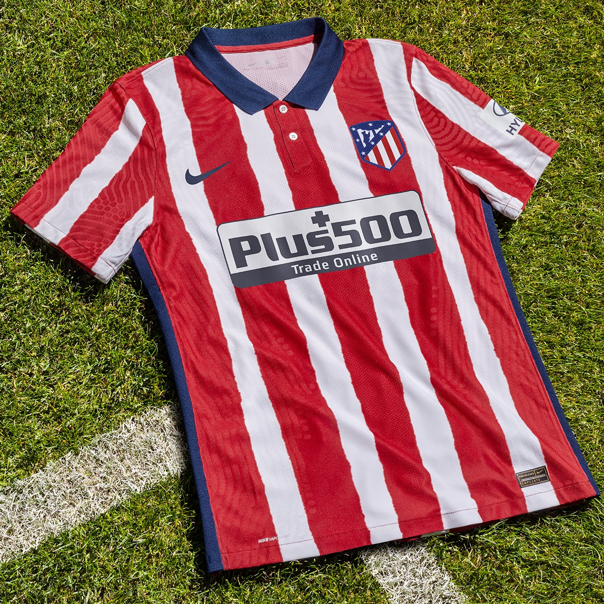 Looks a very nice kit! 👌  More clubs going for those uneven stripes... Love the detail in the sleeve.  #AtleticoMadrid #KitLaunch #Kit #FootballKit https://t.co/HQIS8vSHDh