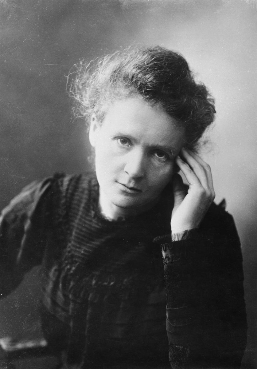 """""""Nothing in life is to be feared, it is only to be understood. Now is the time to understand more, so that we may fear less."""" #MarieCurie, physicist and chemist, the 1st woman to win a #NobelPrize, passed away #OnThisDay in 1934. Visit our exhibition➡️https://t.co/zeZkgGqp8s https://t.co/MZHhCIHZEa"""