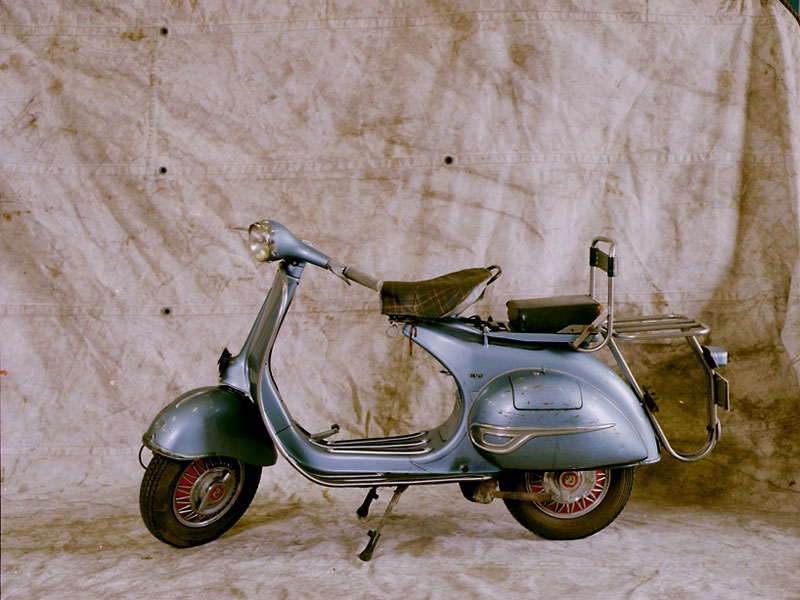The @Vespa_Official scooter is an icon of Italian industry and design, a symbol of the 1950s. Read our blog looking at the #IndustrialHeritage behind the #Vespa which was produced by @PiaggioOfficial company 👉https://t.co/MWTvDrLEIk https://t.co/h9sWPYPvQW