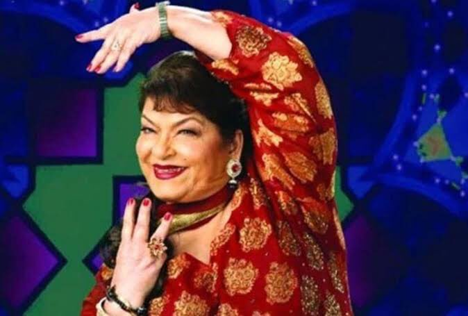 Sad & Numb to hear about the Demise of Legendary Choreographer #SarojKhan Ji ! My deepest condolences to family , friends and her fans ! #RestInPeace #SarojKhan 💔