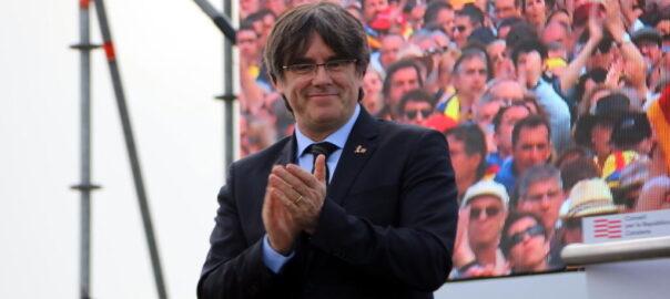Carles Puigdemontek alderdi berria sortuko du uztailaren 25ean  https://t.co/FCbMBNM70A https://t.co/toC4BAxj5Y