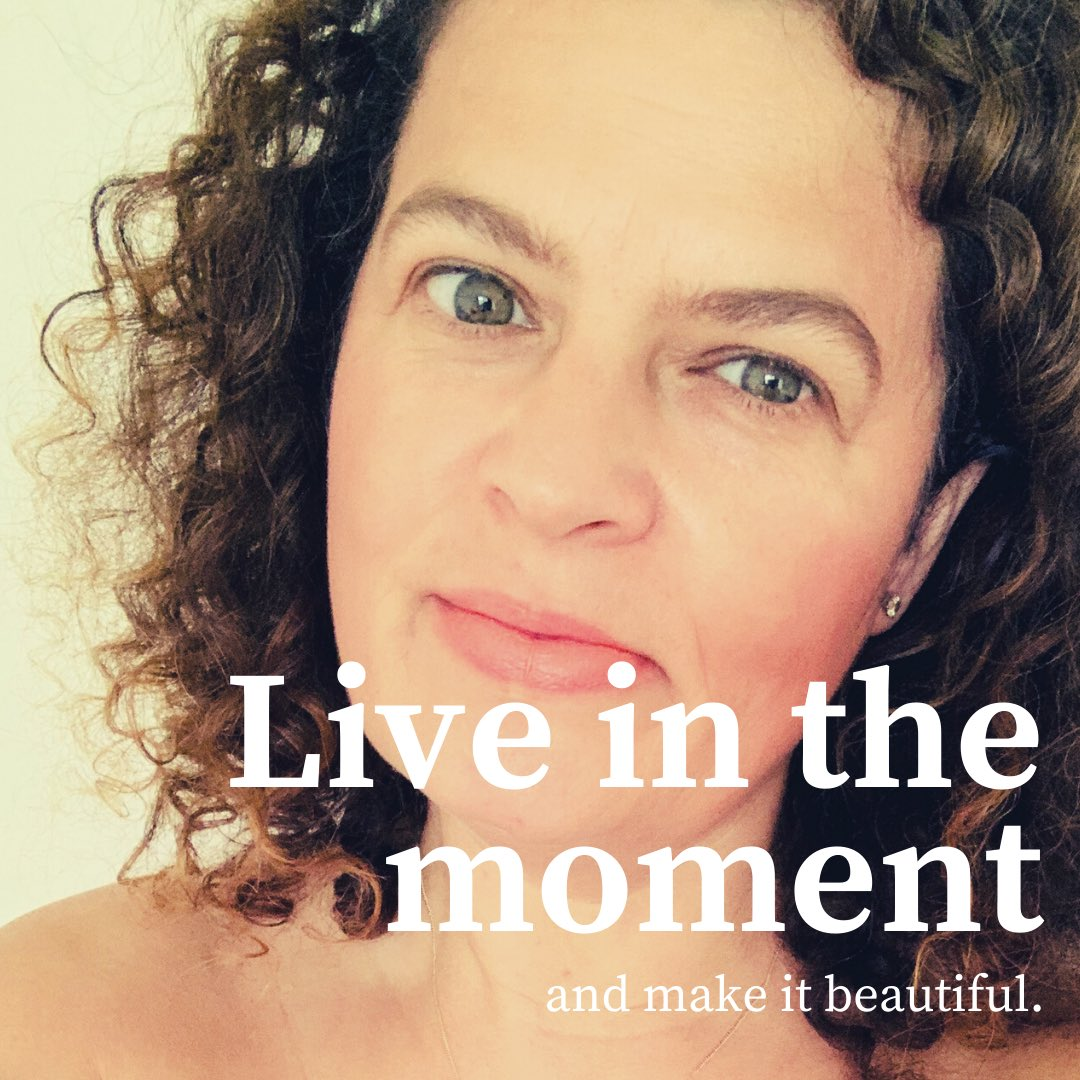 Embrace the amazing potential magic of today's small everyday moments. Be happy for these moments. These moments are your life... #moment #moments #momentsofmine #momentslikethese #embrace #wellbeing #wellbeingwarrior #wellbeingcoach #wellness #live #liveinthemoment #beautifulpic.twitter.com/k4iPCmuAgF