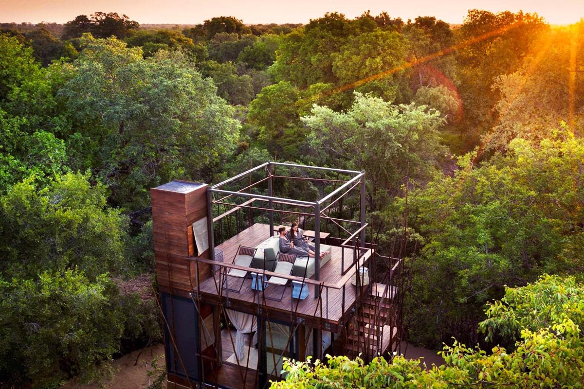 Una casa del árbol envuelta en lujo a 12 metros del suelo en el corazón de la reserva natural de Ngala. #expericiasnuba #experienciasunicas #yoviajoconnuba #luxurytravels https://t.co/MHwcPbkEUz https://t.co/ofyHTEWF4U