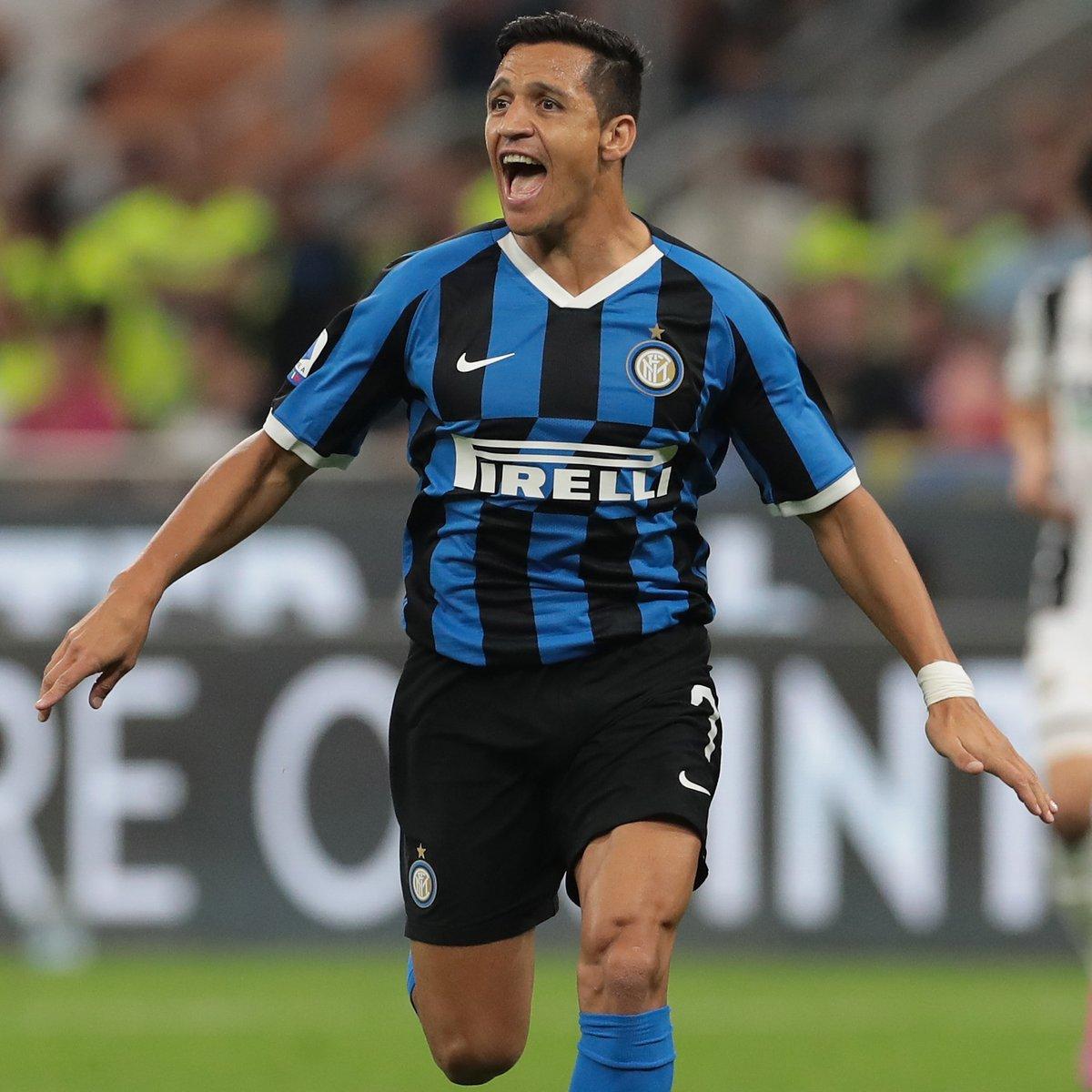 Inter quer contratar Alexis Sanchez em definitivo e pretende pagar €20m ao United por ele, segundo o Goal.