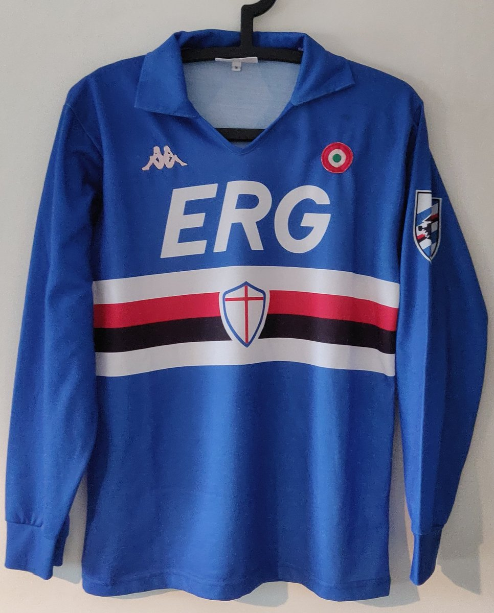Happy man today. Added this matchworn jersey of @sampdoria_en to our collection. Season 1988/1989, Fausto Salsano ❤️ #Sampdoria #FootballKit https://t.co/CGeLrSgtby