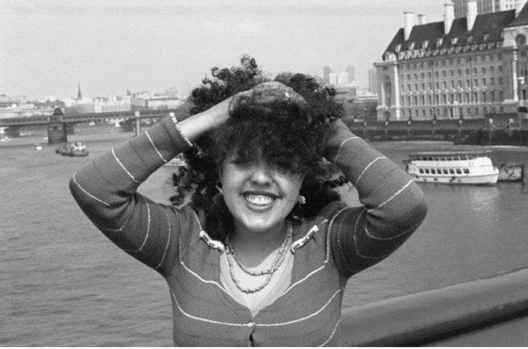 Poly Styrene of #XaySpex on Westminster Bridge, London, 1975, by Falcon Stuart. https://t.co/38eUYx4GsF