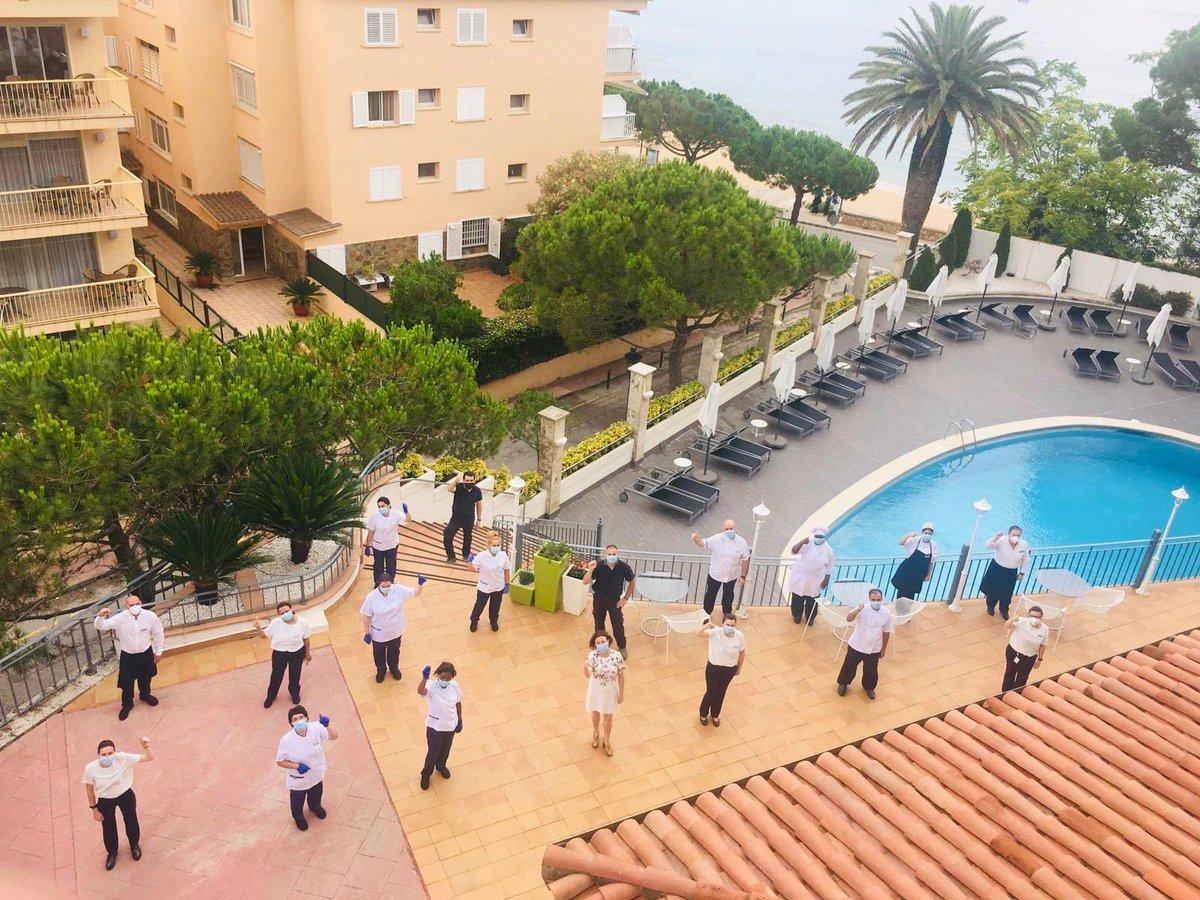 Hoy abrimos 3 de nuestros hoteles!!. Nuestros compañeros de ILUNION Menorca, ILUNION Caleta Park e ILUNION Fuengirola vienen con más ganas que nunca para hacerte disfrutar de tus merecidas vacaciones. Reserva en nuestra web https://t.co/c3OsnbyhvB https://t.co/FH7vchUohj