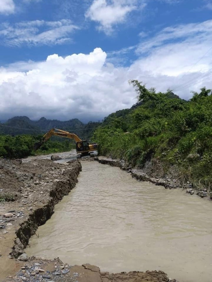Foreign Ministry of Bhutan says Bhutan has not stopped the irrigation water to farmers in Assam but is working to clear blocks cause by heavy rains and repair the channels.   https://t.co/kPoWlMVGyp https://t.co/K4izdvoFvz