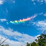 虹色の雲!?とても綺麗で珍しい景色に感動!