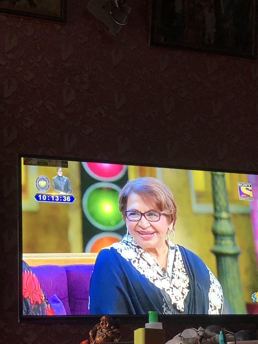 Watching #Helen mam in #TheKapilSharmaShow . Regards <br>http://pic.twitter.com/6TqqdxerLb