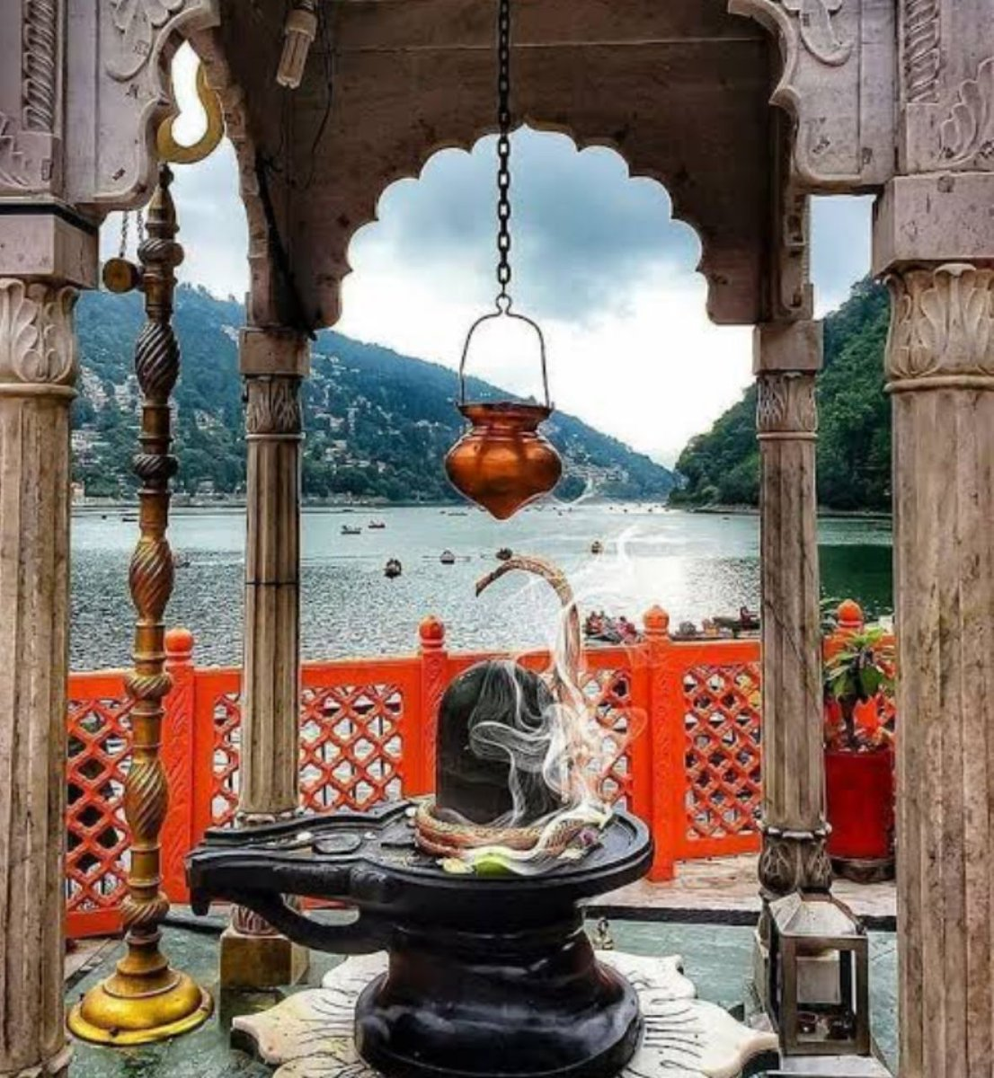 "The very First Physical Time Measuring Mechanism.  The Water Vessel above Lord Shiva Lingam was actually a time measuring machine/ ""Ghata Yantra"" once. Very first yantra was introduced in Ujjain Mahakleshwar temple by our Scientist, Astrologer Rishi Varahamihira."