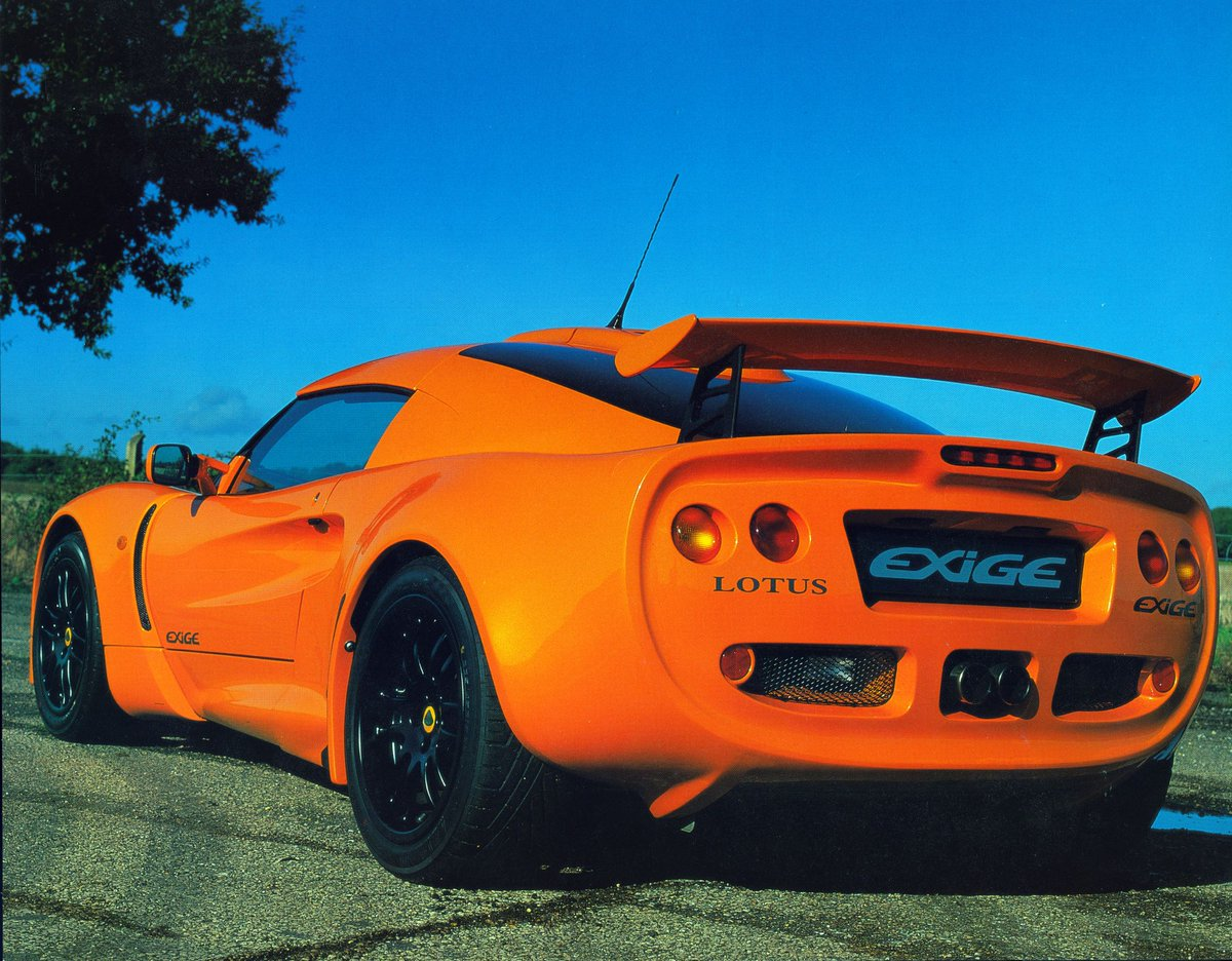The original Lotus Exige in Chrome Orange. #ForTheDrivers #Exige20thAnniversary https://t.co/LzSKQIWtJT