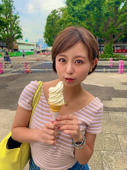 AV女優神谷充希のTwitter自撮りエロ画像32