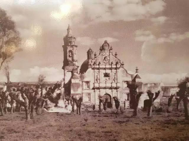 RT @fracmentos: Parroquia de Santiago Apóstol, Chalco en el año de 1950. https://t.co/i2pflWIcSY