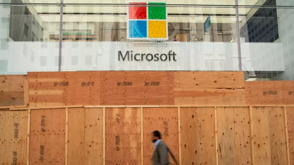 Remember Microsoft Stores? Well, they're all closed forever