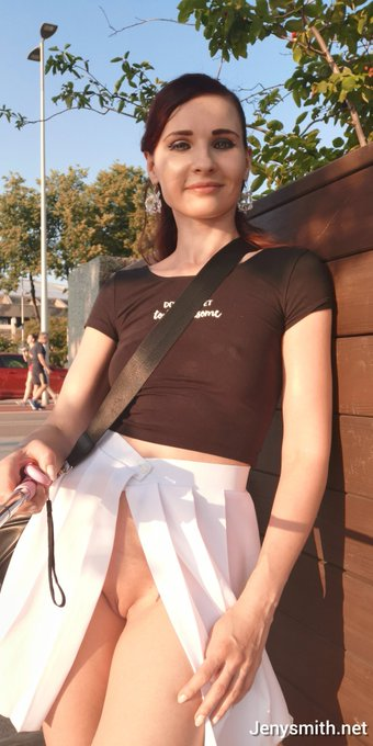 Today was a very pleasant day to show you my new white skirt, which I sewed myself #jenysmith #upskirt